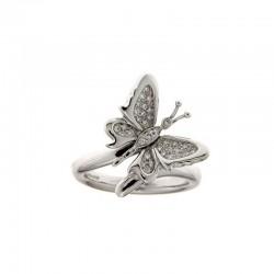 Anillo de piedras preciosas y el oro de la mariposa