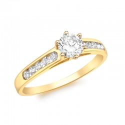Gold ring 375/1000 stony and zirconium oxide set